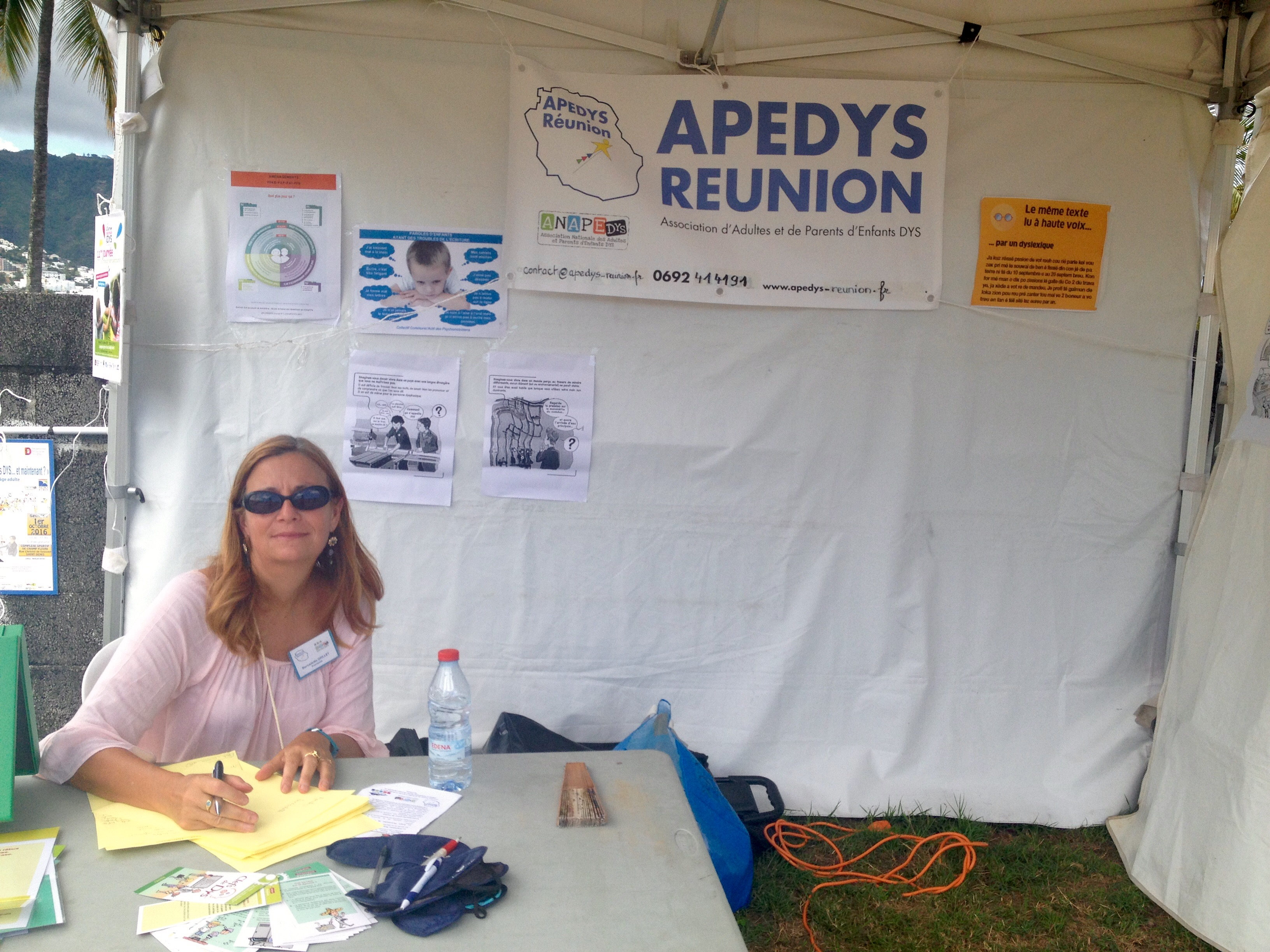 Photo Journee Du Handicap 2017 - 2 - Stand Apedys.jpg